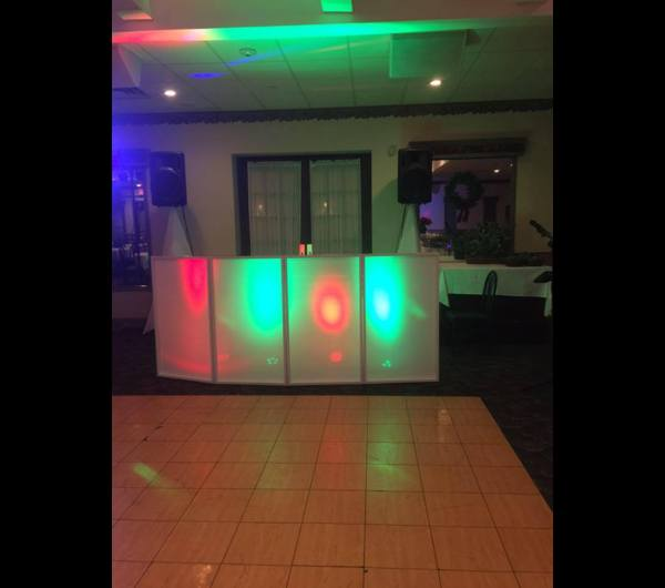 Holiday Party DJ 3 Hour/$350