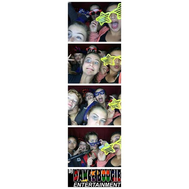 2 hour photo booth