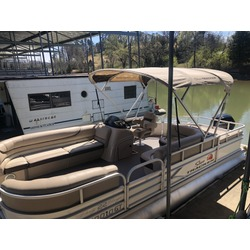 22' Pontoon 8 Person MAX Capacity W