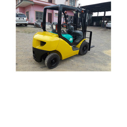 Komatsu FG20 Forklift, 4,000 lb cap