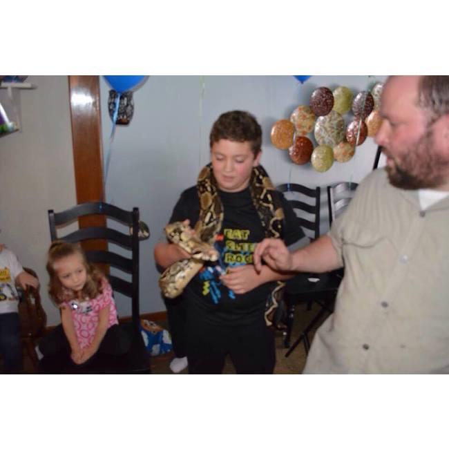 Airbrush tattoo & pet show