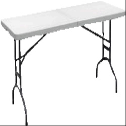 6 ft Table