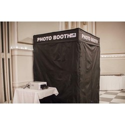 6 hour Wedding DJ & Photo Booth