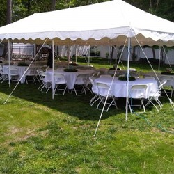 Medium Party Tent with Round Tables