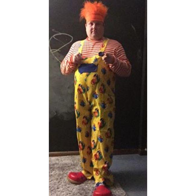 1 clown 3 candy machine