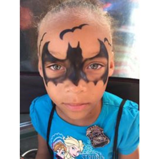 Photo booth & face painting 4 hour party